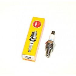 NGK CMR7H Spark Plug
